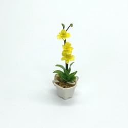 Орхидея желтая в горшке, масштаб 1:12