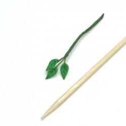 Ветка с листочками, кукольная миниатюра 1:12