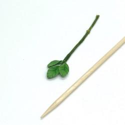 Ветка с листьями, кукольная миниатюра, масштаб 1:12