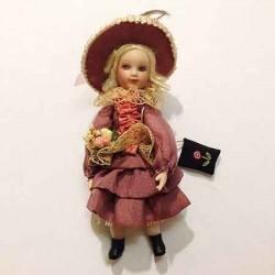 Кукла Девушка с сумочкой, миниатюра