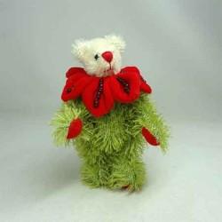 Мишка с красным цветком