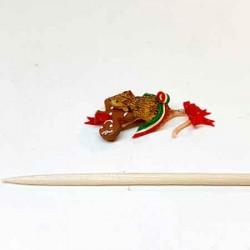 Мышка с пряником и бантиком, кукольная миниатюра 1:12