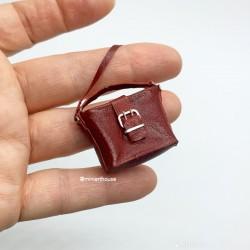 Сумка красная, кожа, миниатюра 1:12