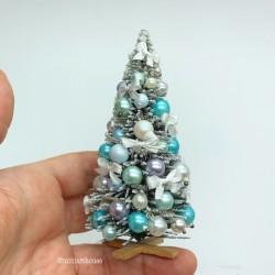 Елка новогодняя в жемчужных и голубых тонах, миниатюра 1:12