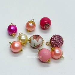 Набор шаров для елки, в розовых тонах, миниатюра 1:12