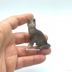 Котик серый, кукольная миниатюра 1:12