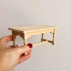 Стол неокрашенный, миниатюра 1:12