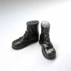 Ботинки высокие черные, масштаб 1:12