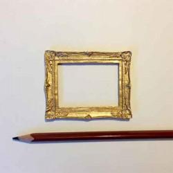 Рамочка для картины с резным багетом, масштаб 1:12