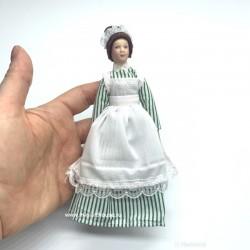Горничная в полосатом платье и фартуке, миниатюра 1:12