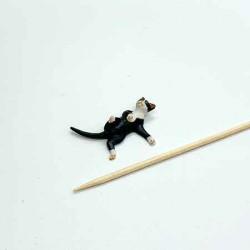 Котик, кукольная миниатюра 1:24