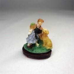 Статуэтка Дети с собакой