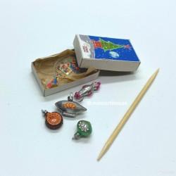 Набор новогодних игрушек, Космос, миниатюра 1:12