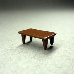 Стол, масштаб 1:144