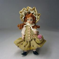 Кукла Девочка с сумочкой и в шляпке, миниатюра