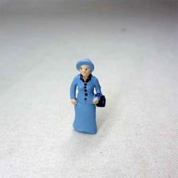 Дама, миниатюра 1:144